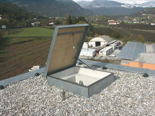 Copertura tetto piano in pvc o bituminoso for Piani di costruzione casa con costo stimato