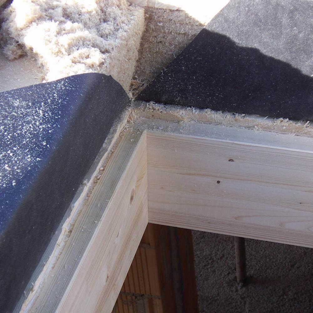 Finestra per tetti inclinati per abitazione e manto con - Rivestimento termico interno ...